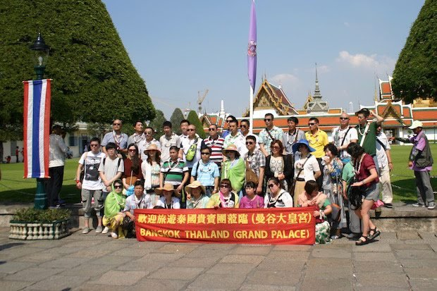 Visa fee waiver for Chinese proposed as arrivals fade away