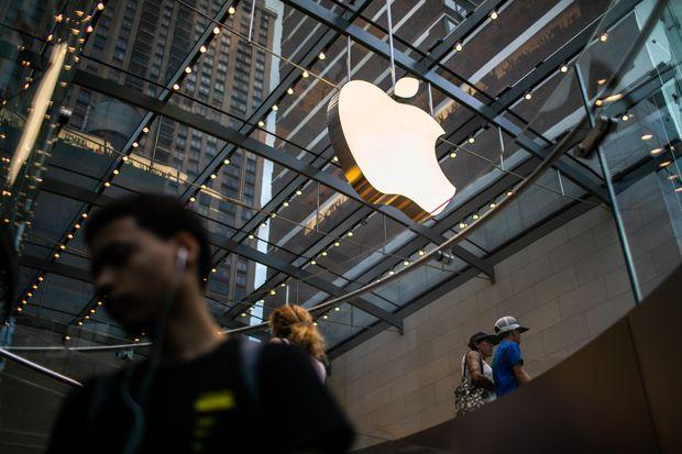 Apple's $1-trillion milestone reflects rise of megacompanies