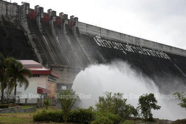 Storms force dam discharge