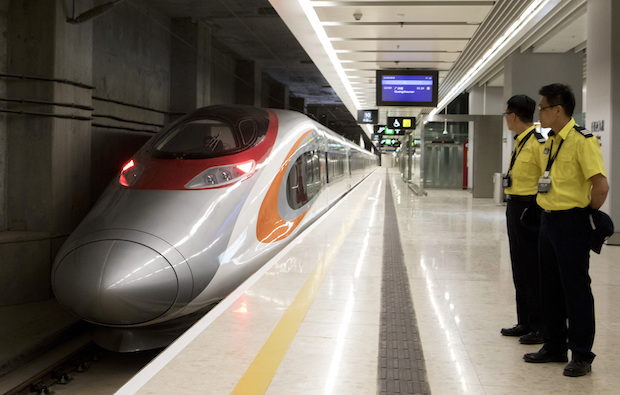 HK-China high-speed train debuts