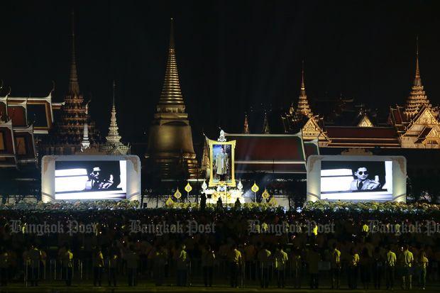 Crowds join merit-making in King Bhumibol's memory