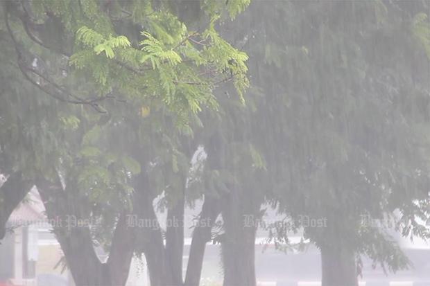 19 provinces on flood alert
