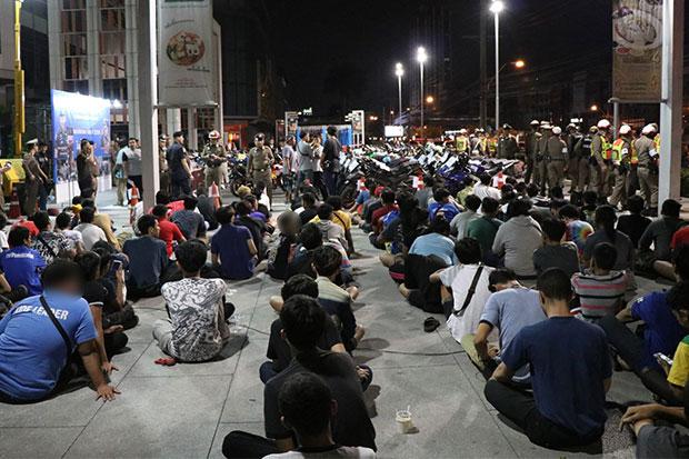 134 street racers caught in Bangkok