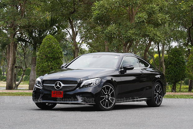 Mercedes-Benz C200 Coupe EQ Boost (2018) review