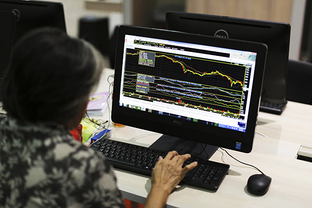 SE Asia stocks fall on fresh worries of US-China tensions