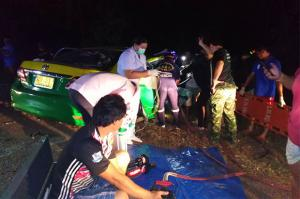 Four killed in taxi-pickup truck crash