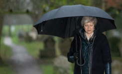 UK PM faces fight for her political life in Brexit deal vote   Bangkok Post: news