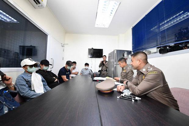 Eight arrested for running gambling site from Cambodia