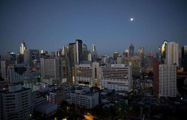 Economic growth tilts up in Q4 but politics loom | Bangkok Post: business