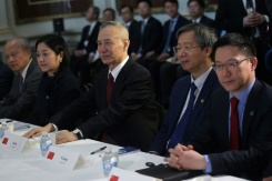 Trump to greet China's trade negotiator as deadline presses | Bangkok Post: news