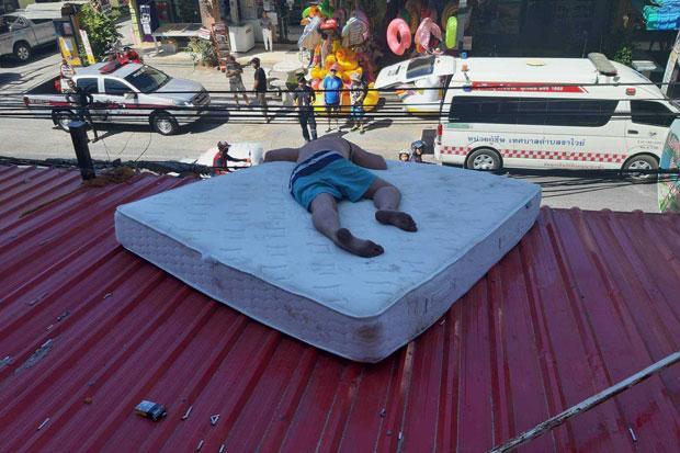 Drunken Estonians sleeping it off spark suicide scare | Bangkok Post: news