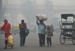 A tale of two Delhis: Deadly air exposes rich poor divide | Bangkok Post: news