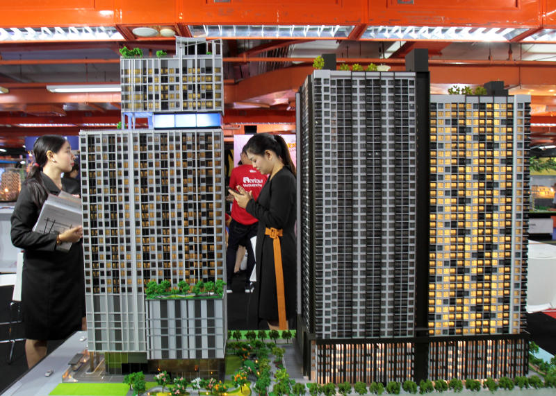 Developers' confidence dips