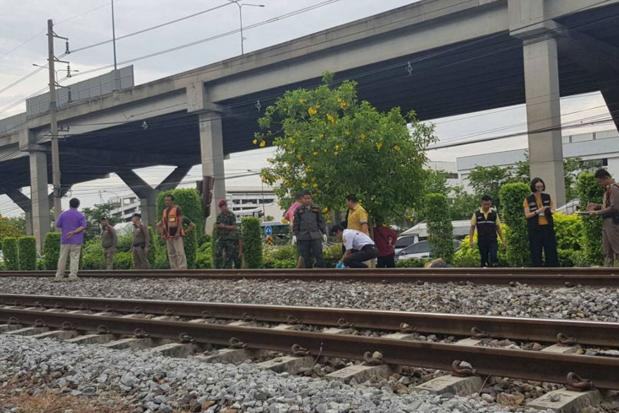 Man killed by train in Bangkok's Don Muang district