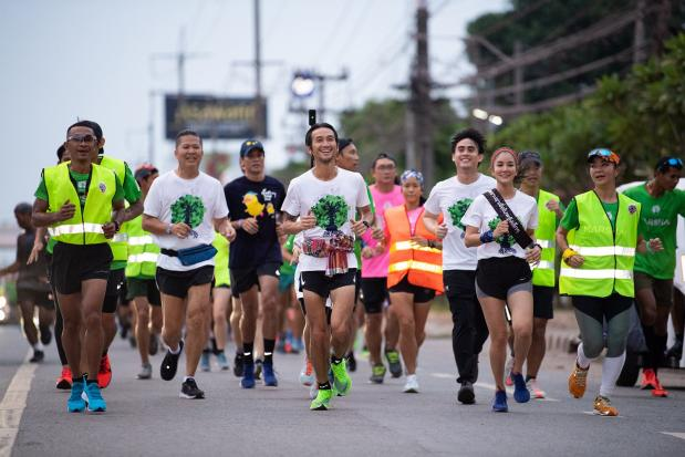 'Toon' charity run raises B15m in first hour | Bangkok Post: news