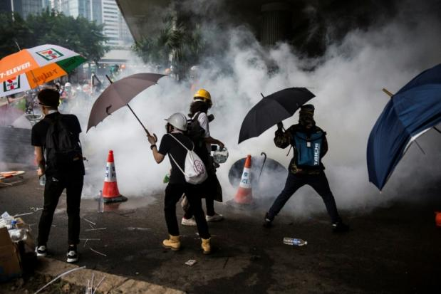 Hong Kong govt to 'pause' divisive extradition bill | Bangkok Post: news