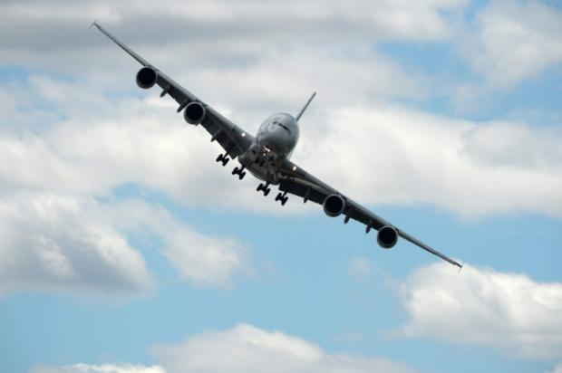 Gathering clouds cast shadow over Paris Air Show | Bangkok Post: news