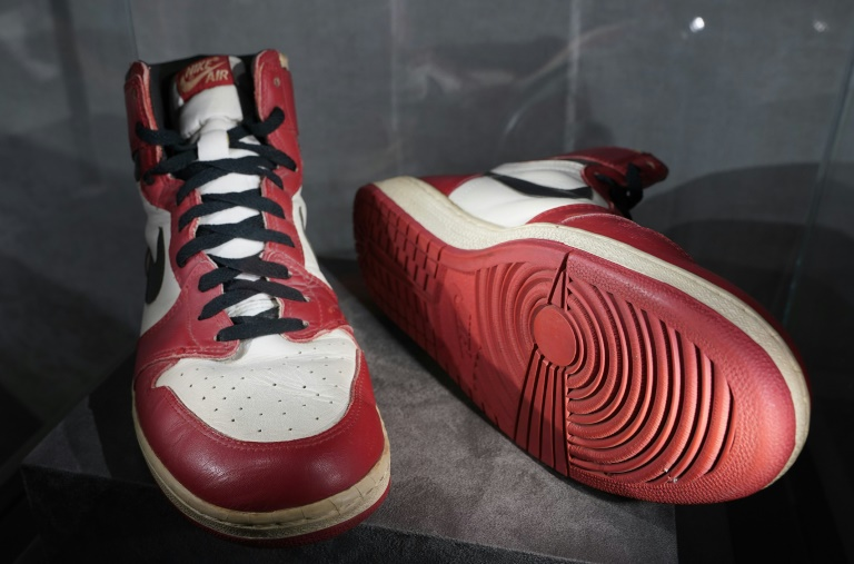 sneakers sell for $615,000, new record