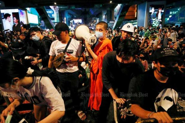 Monks barred from rallies | Bangkok Post: learning