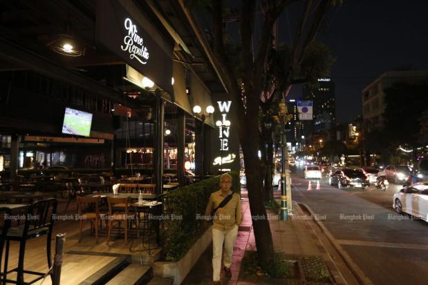 Bangkok bars reopen soon