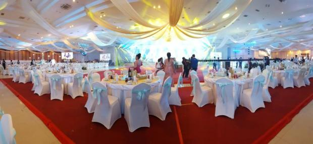 Bangkok post article decorations inside a wedding hall alone can cost around 10000 junglespirit Gallery