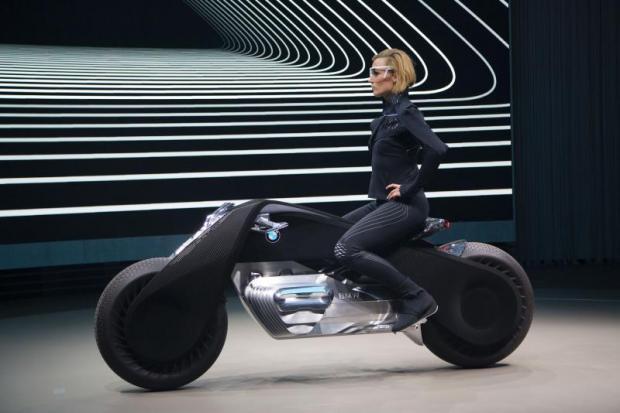 BMW's new bike concept so smart, no helmet needed
