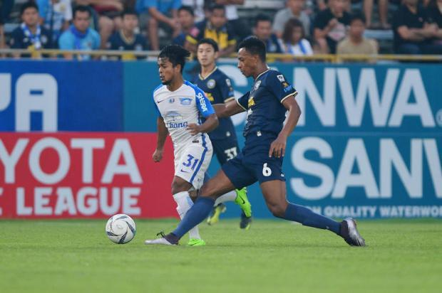 Hunt for injured Sarach's replacement gains steam | Bangkok Post: news
