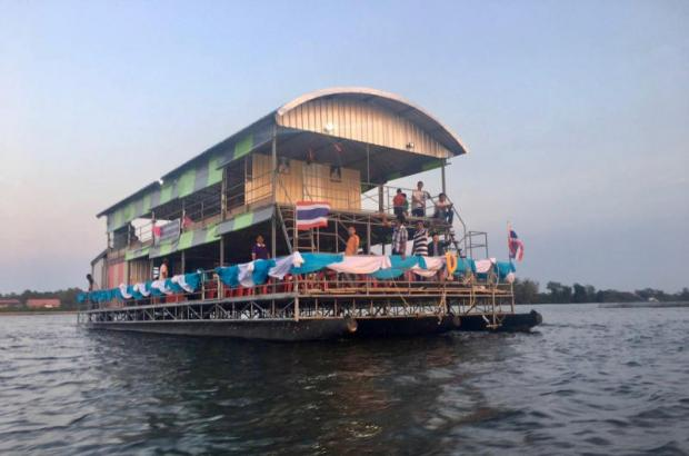 Cruise down Songkhla Lake