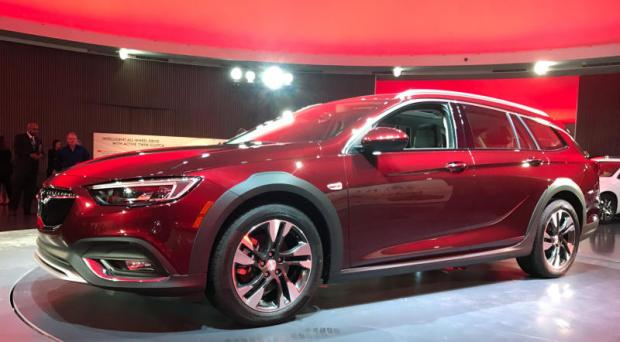 GM unveils German-made Buick crossover wagon