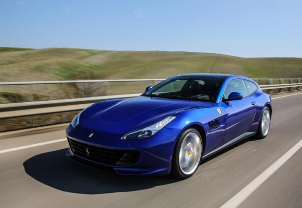 2017 Ferrari GTC4 Lusso T review