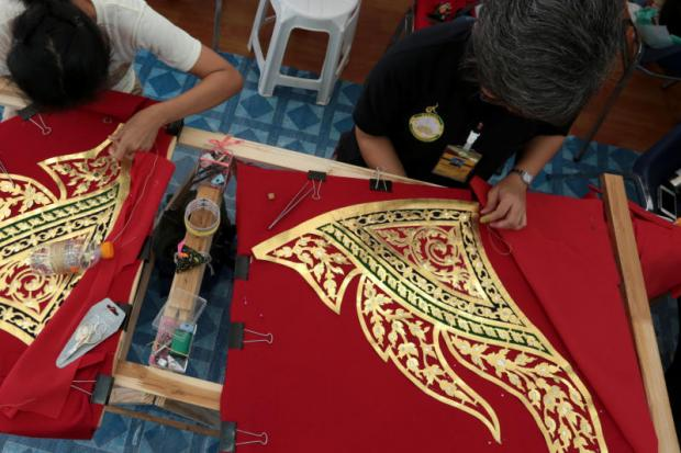Artisans on track for royal funeral