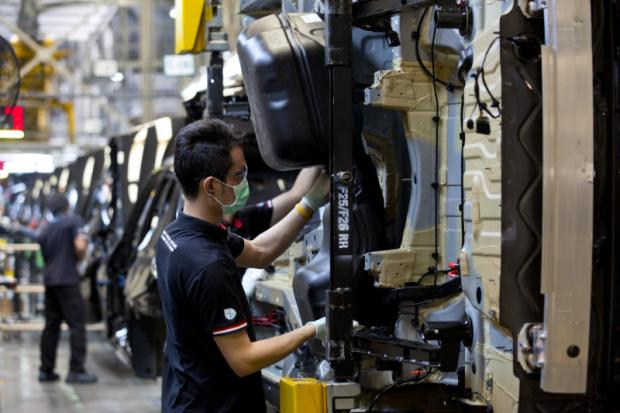 Car parts makers face electric vehicle woe