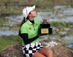 Saranporn seals wire-to-wire Phuket Open victory