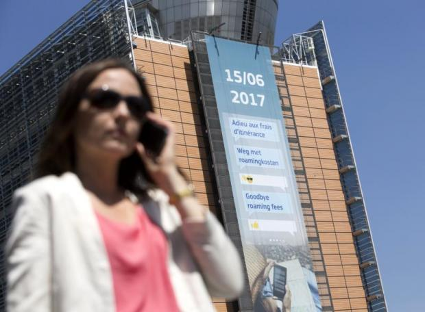Cheers in EU as roaming charges end