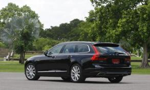 Volvo V90 D4 Inscription (2017) review