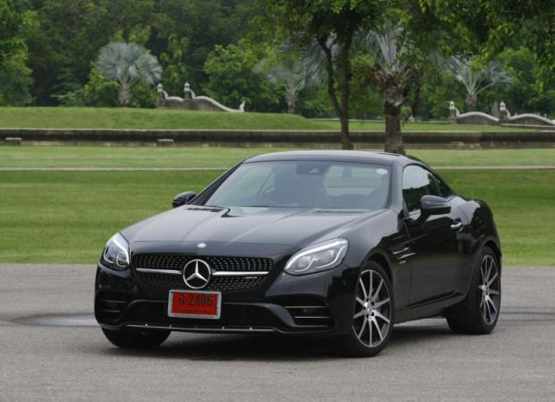 Mercedes-AMG SLC43 (2017) review