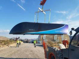Musk touts approval of NY-DC 'hyperloop'