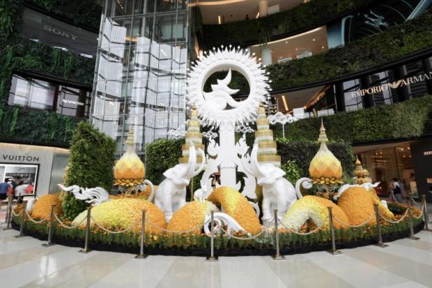 Memorial exhibitions at Siam-Paragon