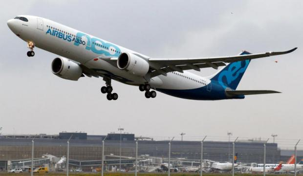 Airbus A330neo becomes airborne for maiden flight