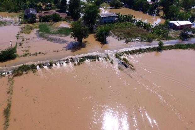 IEAT fights to keep a lid on floodwaters