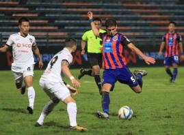 Late strike leaves Buriram on cusp of league triumph