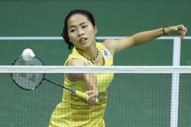 Ratchanok breezes into quarter-finals