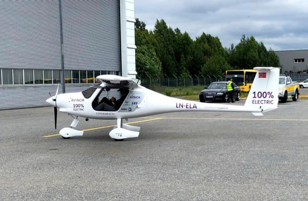 Tiny electric plane takes to the skies in Norway