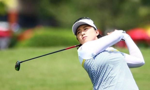 Yang and Lee take joint lead | Bangkok Post: news