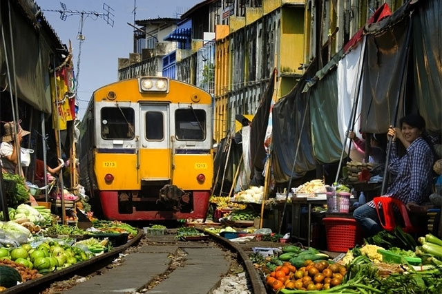 Railway Station Market Bangkok Post Travel