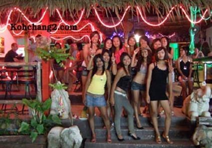 Koh Chang Bars Nightlife