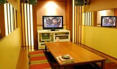 Big echo bangkok post lifestyle for Small room echo