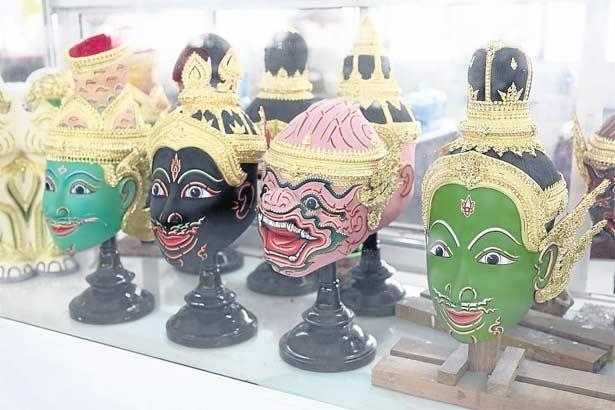 The Queen Of Thailand The Handicraft Exhibition Bangkok Postlifestyle