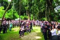 Akha Swinging Tradition